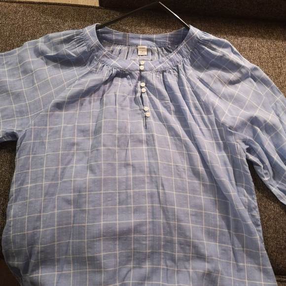 Old Navy summer blouse